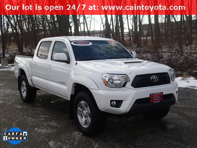 certified pre owned 2015 toyota tacoma trd sport 6 speed manual 4d double cab in north canton. Black Bedroom Furniture Sets. Home Design Ideas
